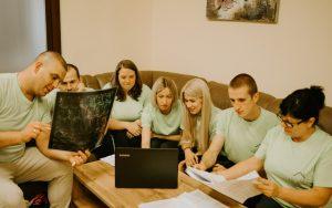 Персонал центра реабилитации после инсульта в Киеве